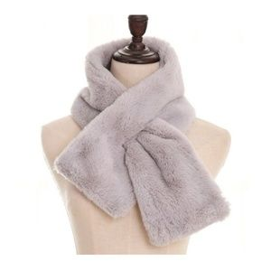 Ultra Plush Furry Scarf in Luxe Neutrals